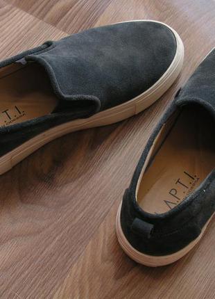 Кожаные дизайнерские слипоны l.a.p.t.i., замшевые серые