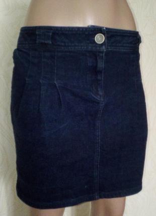 Стильная джинсовая юбка королевского размера