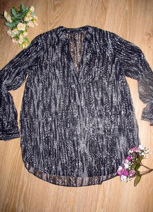 Шикарная нежная блуза с v-образным вырезом от  f&f р.10