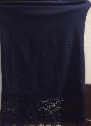 Шикарная тёмно синяя \ черная юбка миди длины с кружевом снизу от only