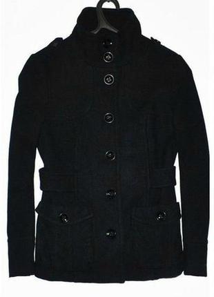 Демисезонное пальто под горло с накладными карманами на подкладке h&m