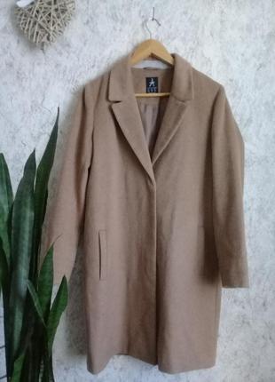 Трендовое пальто красивого цвета р. 44-46 от atmosphere