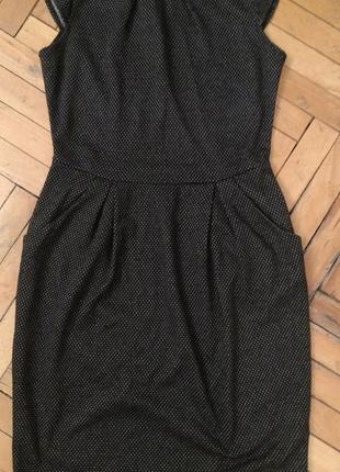 Деловое платье в горошек