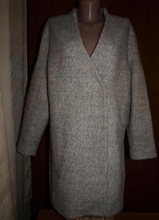Шерстяне пальто-бойфренд від zara