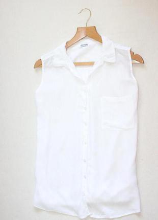 Белоснежная блуза с оригинальной спинкой pull&bear