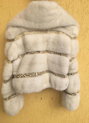 Шикарная норковая шуба .поперечные пластины норки и питона.
