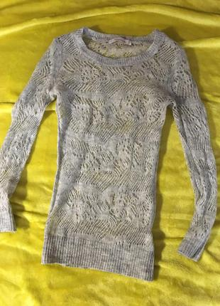 Легкий свитерок colin's