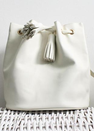 Белый рюкзак atmosphere
