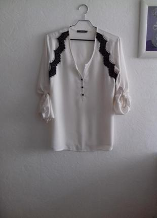 Очень красивая блуза с кружевом