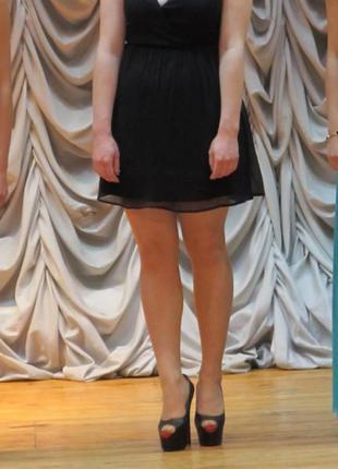 Черное шифоновое платье vero moda