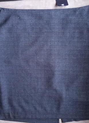 Скидки 50 % юбка -карандаш  с карманами 52-54размер
