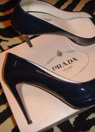 Летние туфли prada
