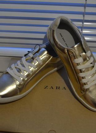 Золотистые  кроссовки zara , 37