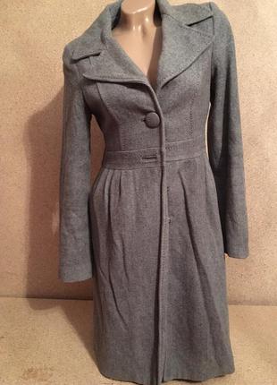 Серое элегантное пальто h&м