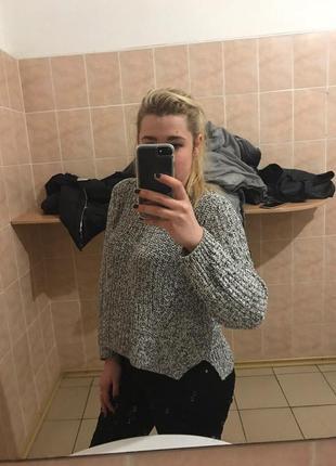 Классный вязанные свитер h&m