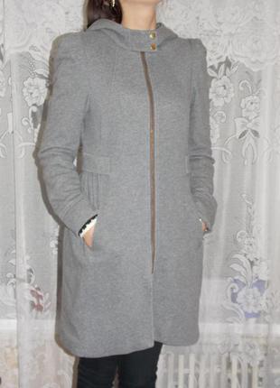 Стильное пальто h&m 38 размер!