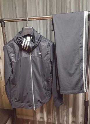 Спортивный костюм adidas - кофта и штаны - можно носить с 12-14 по 16 р-р