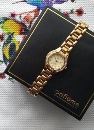 Часы орифлейм, oriflame