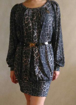 Шикарное платье от бренда gizia