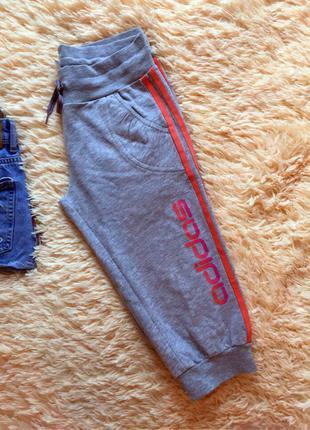 Спортивные капри adidas р.s