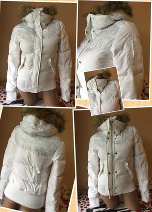 Белоснежная курточка adidas