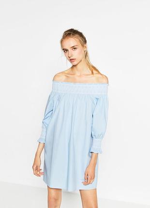 Платье с открытыми плечами zara, s