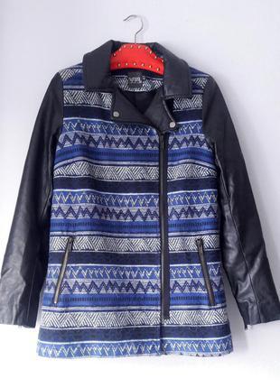 Reserved s размер пальто синее с орнаментом и кожаными рукавами