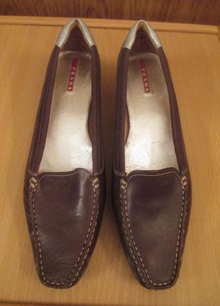 Туфли мокасины  prada 24.5