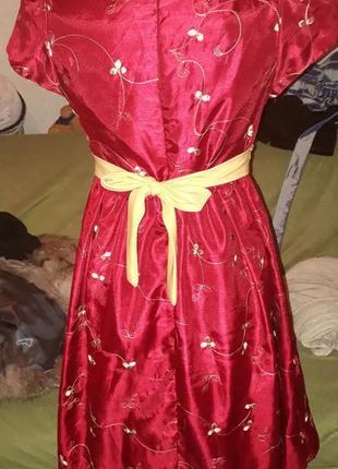 Платье подростковое. платье новое доя девочки подростка.фирменное.мерочки по вашей просьбе
