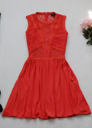 Коралловое платье с гипюровым верхом от topshop