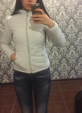 Весенняя куртка , ветровка bershka