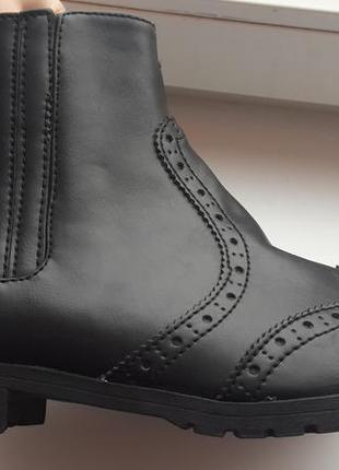Демисезонные ботинки h&m 38р.
