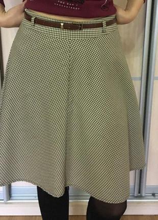 Продам юбку в клеточку до колена фирмы oodji