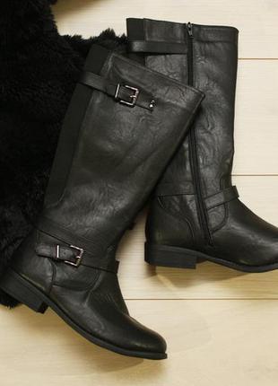 Крутые сапоги lilley в стиле  zara,atmosphere ,черные