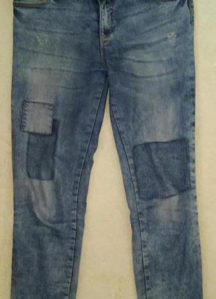 Крутые укороченные джинсы boyfriend