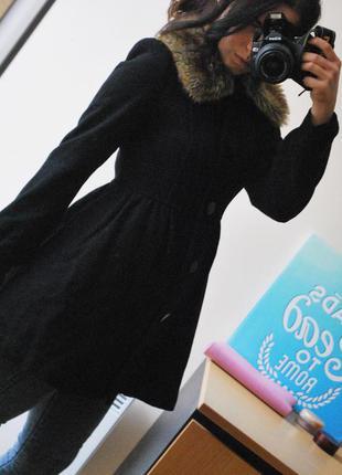 Элегантное демисезонное пальто
