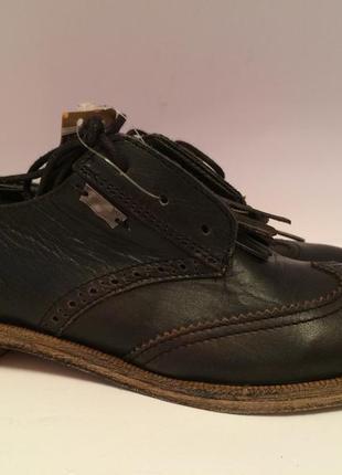 Levi's шкіряні туфлі