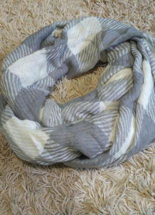 Стильный модный шарф в клеточку клетку