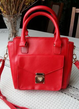 Красная сумка atmosphere