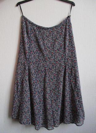 Красивая шифоновая юбка-годе в мелкий цветочный принт marks&spenser
