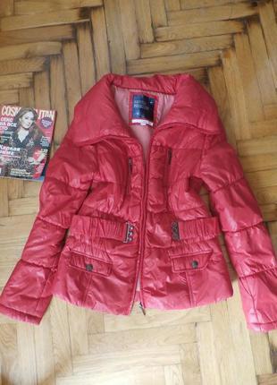 Демисезонная куртка m-l