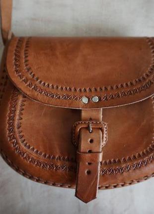 Стильная кожаная сумка ручной работы