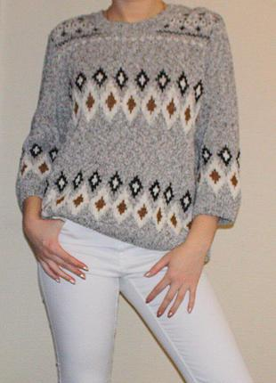 Крутой свитшот(свитер,джемпер) с арнаментом. рр m-l. 83%хлопок.состояние нового!