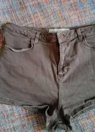 Кoроткие шорты с высокой посадкой цвета хаки от topshop