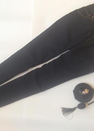 Брендовые джинсы скини стрейчевые оригинал forever 21 размер 29