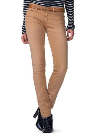 Большой выбор брюк и джинс плотные скинни