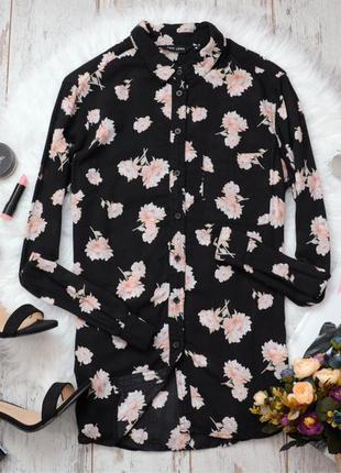 Блуза в цветы, на груди карман