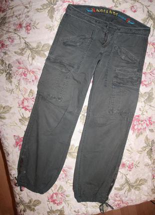 Стильные брюки с вышивкой, на завязках,с карманами