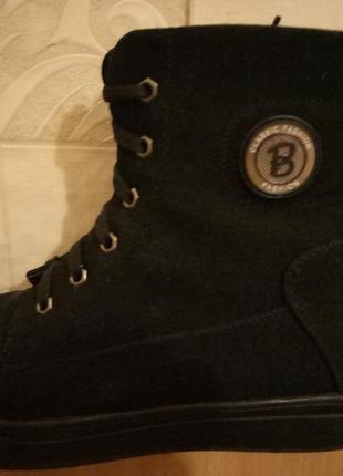 Очень теплые зимние ботинки с мехом внутри