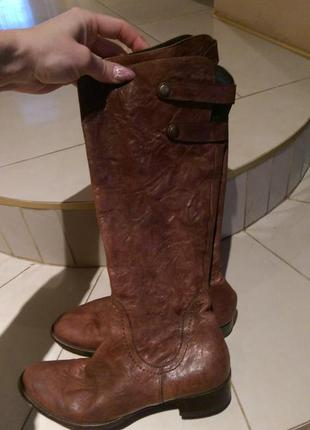 Сапоги италия шикарнейшая кожа!размер 37 стелька 24
